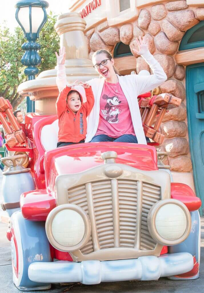 Toon Town has lots of Disneyland activities for toddlers and is full of Disneyland fun!