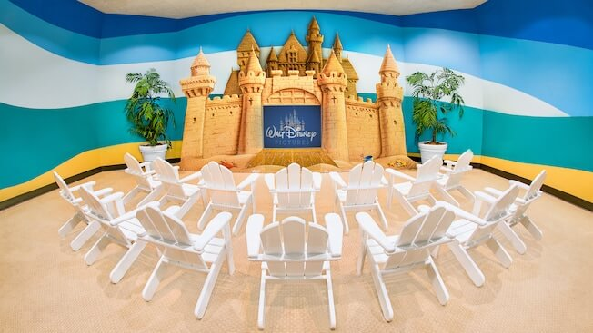 Disney's Paradise Pier Hotel is perfect place to stay at Disneyland with toddlers because they have Disneyland activities for toddlers