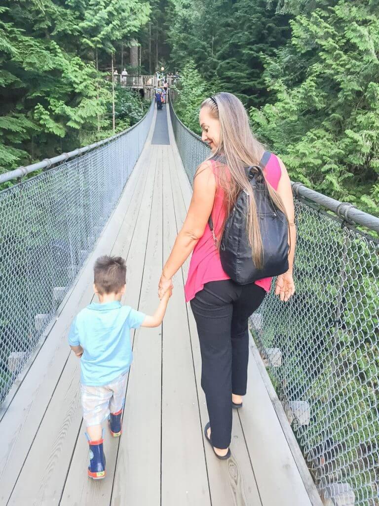 Crossing the Capilano Suspension Bridge in Vancouver, BC #vancouver #britishcolumbia #capilano #capilanosuspensionbridge #capilanosuspensionbridgepark #canada #pnw