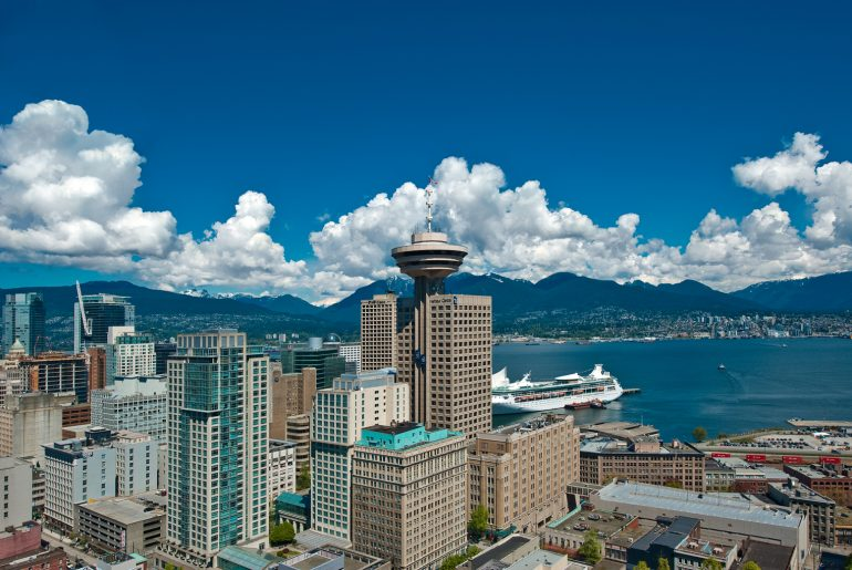 Photo of the view of Vancouver Lookout at Harbour Centre and a view of the bay #vancouver #vancouverbc #vancouverlookout #britishcolumbia #canada