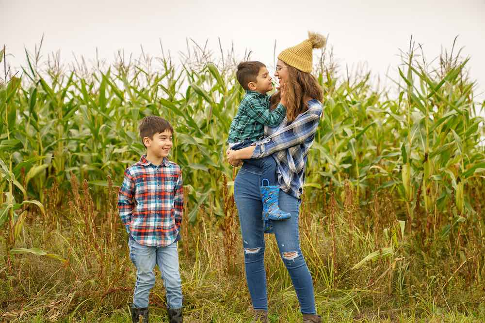 Pumpkin patch family photos at Gordon's Skagit Valley
