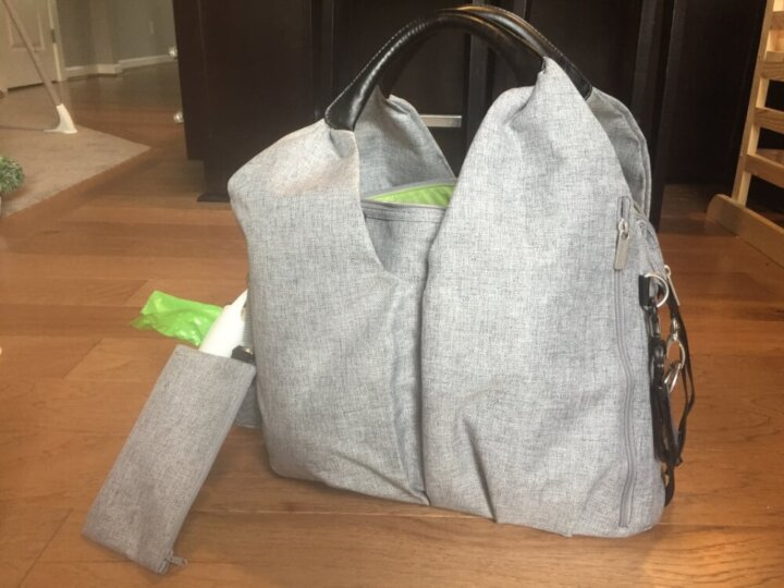What to Pack in Your Travel Diaper Bag (and my pick for a modern diaper bag)
