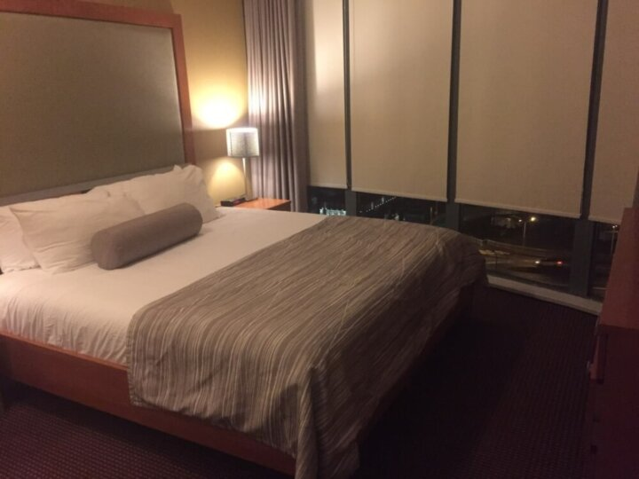 Review of Vancouver's Executive Hotel Vintage Park