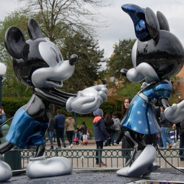 15 Tips for Disneyland Paris with a Baby and Preschooler