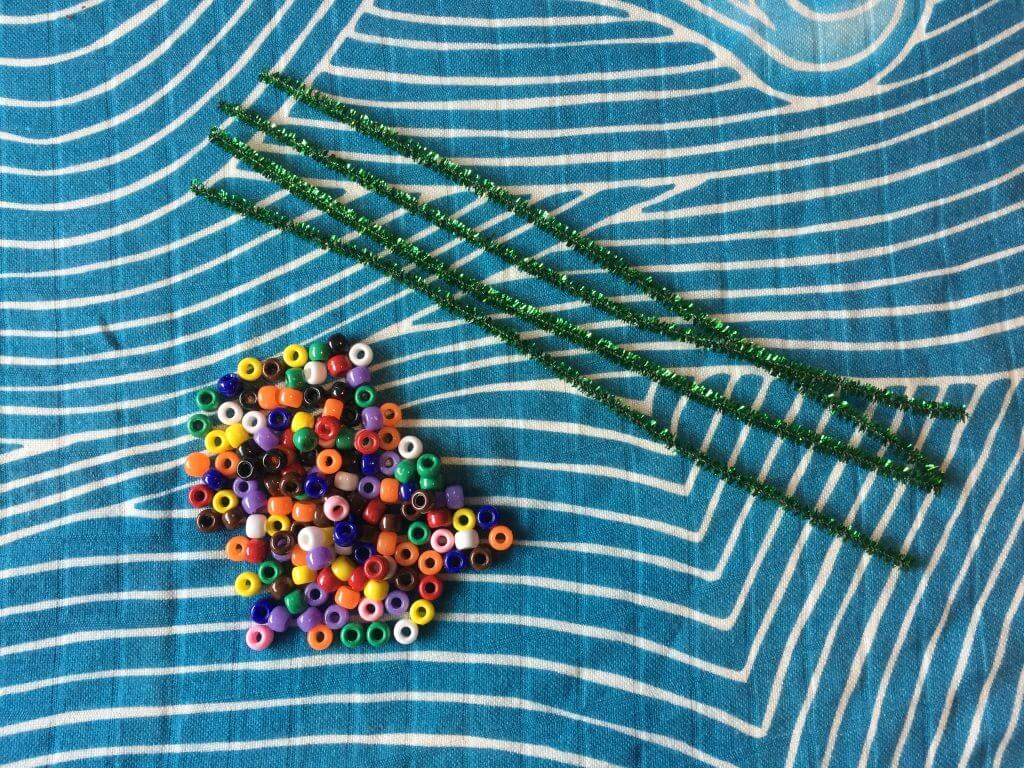 Pipe cleaner busy bag
