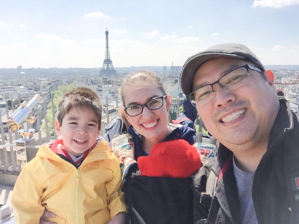 Photo of the Selfie Spot at the Arc de Triomphe in Paris, France #parisselfie #parisphotospot #arcdetriomphe #parisfrance #familytravel #familyselfie