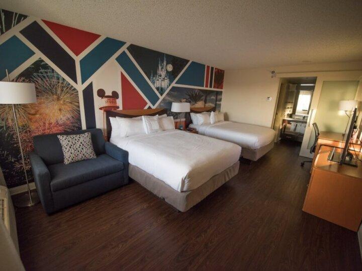 Photo of the Anaheim Fairfield Inn across the street from Disneyland Resort is a good neighbor hotel #disney #disneyland #disneylandhotel #goodneighborhotel #anaheimfairfieldinn #disneylandtips