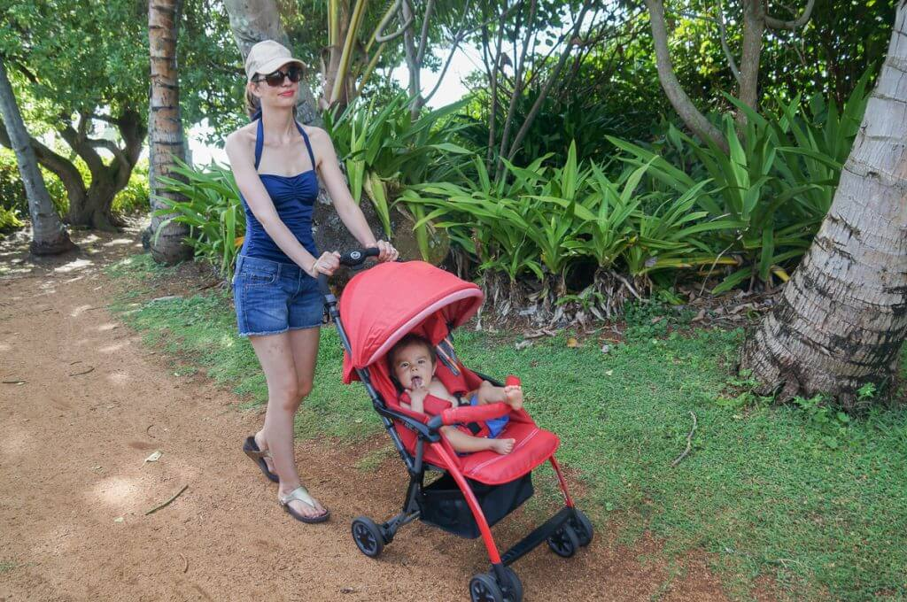 I had no problem taking the Pali Tre.9 lightweight stroller on the red dirt paths on Kauai. Photo credit: Julie Wirtz