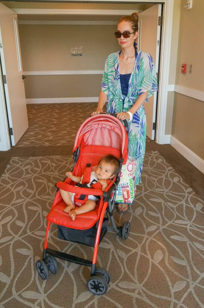 The Pali Tres.9 stroller worked great in our resort on Maui. Photo credit: Darren Cheung