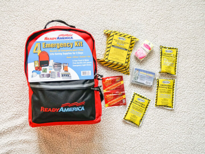 Busy Mom's Guide to Building Your Family Emergency Kit in 6 Simple Steps