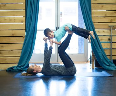 Little Fliers yoga for kids in Issaquah, WA
