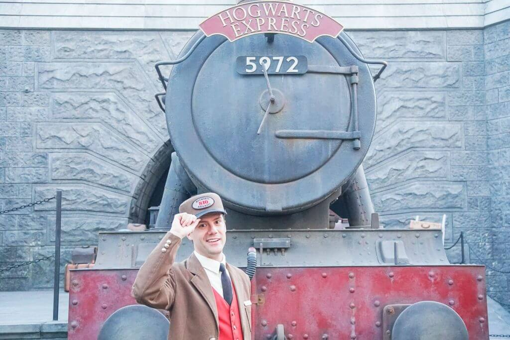 We loved this photo op with the train conductor of the Hogwarts Express at the Wizarding World of Harry Potter at Universal Studios Hollywood