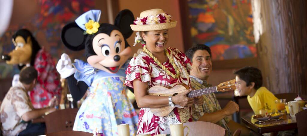 Disney Aulani resort tips featured by top US Disney blog, Marcie and the Mouse: Aulani Character Breakfast includes entertainment, characters and and the opportunity to take photos with Mickey Mouse.