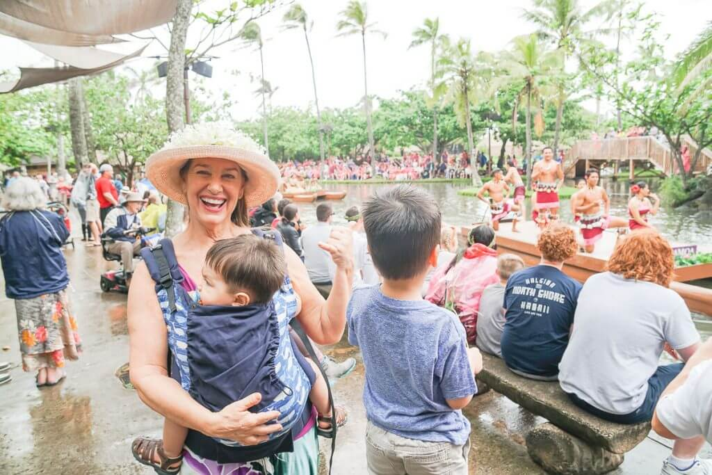 The Polynesian Cultural Center has a canoe pageant featuring Polynesian dancers dancing on the river and is lots of fun on Oahu with kids.