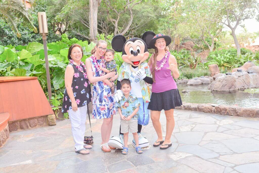 The Disney Aulani PhotoPass captures your Disney Character Breakfast photos with Mickey Mouse