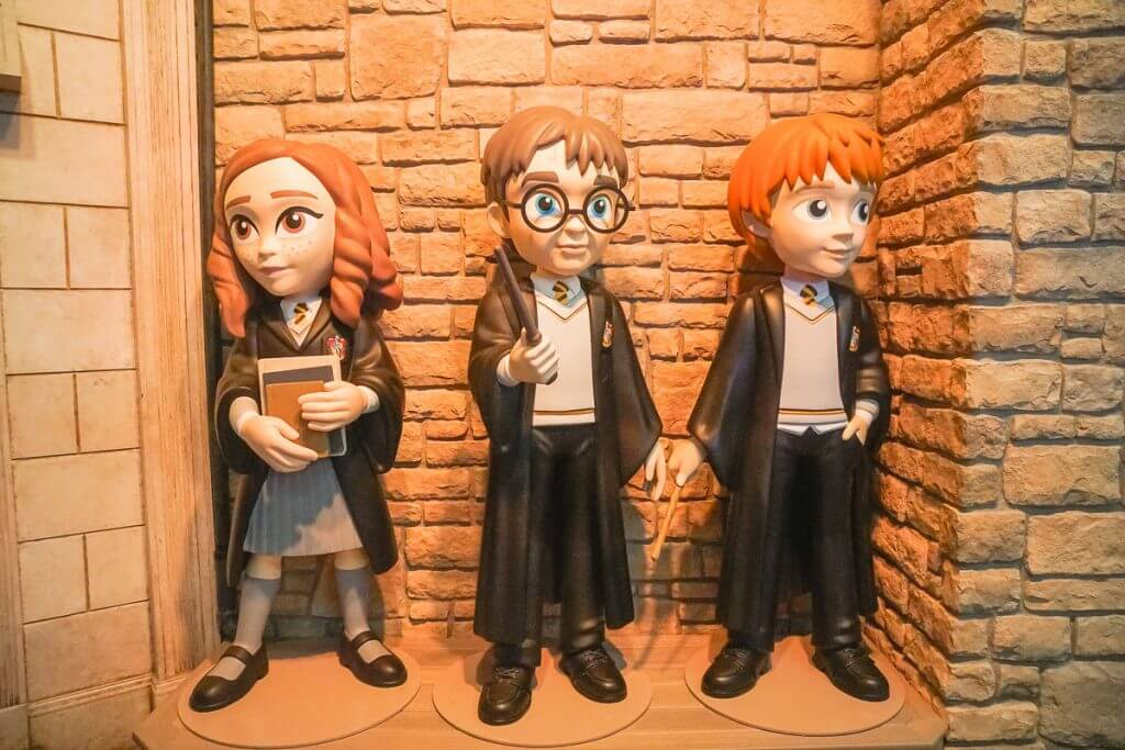 Photo of Harry Potter, Hermoine, and Ron at the Funko Headquarters in Everett, Washington near Seattle #harrypotter #hermoine #funko #funkohq #everettwa #snohomish #seattle
