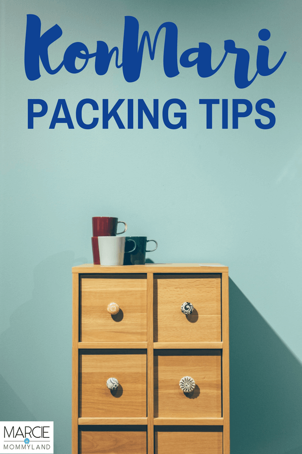 Packing tips using the KonMari method of folding and the KonMari method checklist developed by Marie Kondo #mariekondo #konmari #packing #packingtips #familytravel