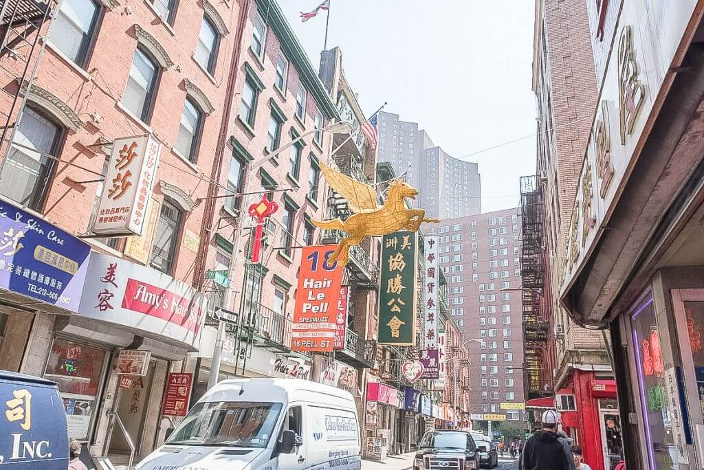 Photo of a street in Chinatown in New York City as part of a Guided tour of New York City #nyc #chinatown #newyorktour #tourofchinatown