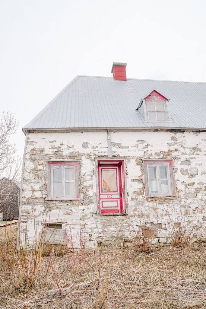 Photo of a historic home on Ile d'Orleans, an island near Quebec City. #historichome #quebecregion #wits18 #quebec #visitcanada