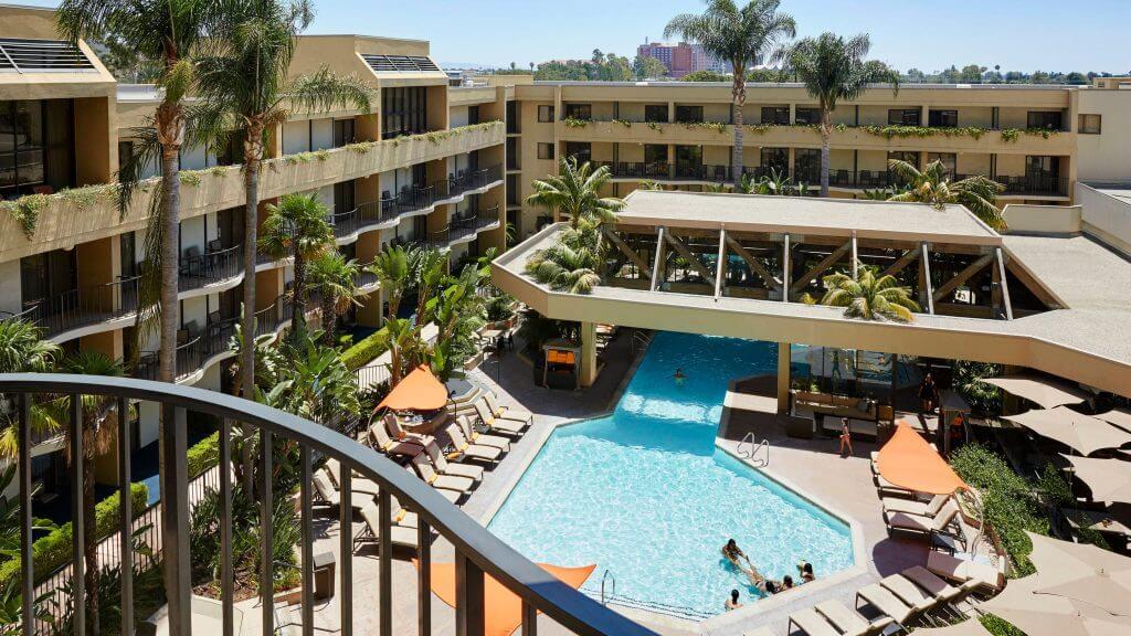 Photo of the Anaheim Marriott, which is a great hotel near Disneyland Resort in California