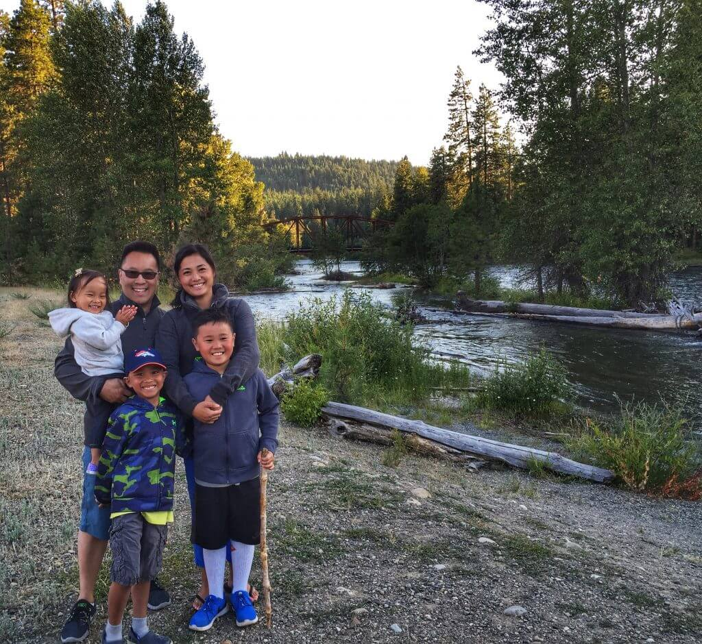 Photo of a family at Suncadia Resort in Cle Elum, Washington, which is a Washington State resort perfect for a family getaway #suncadia #cleelum #explorewa #suncadiaresort #washingtonstate #pnw #pacificnorthwest