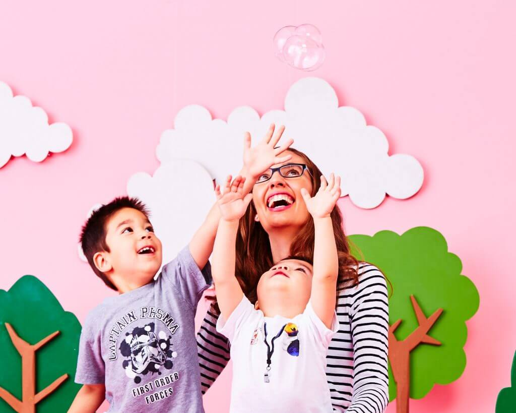 Photo of kids playing with bubbles at a Zulily photo shoot in Seattle, WA #zulily #photoshoot #bubbles