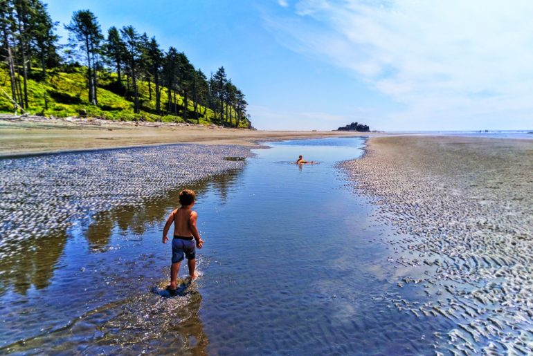 Taylor Family at Ruby Beach in the Olympic National Park in Washington State Photo credit: Rob Taylor #olympicnationalpark #washingtonstate #explorewashington #rubybeach #pnw #pacificnorthwest | The Best Pacific Northwest Family Vacation Ideas featured by top Seattle family travel blog, Marcie in Mommyland