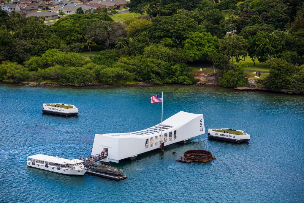 Photo of the U.S.S. Arizona Memorial at Pearl Harbor on Oahu, which is a free thing to do on Oahu #pearlharbor #oahu #ussarizonamemorial #hawaii