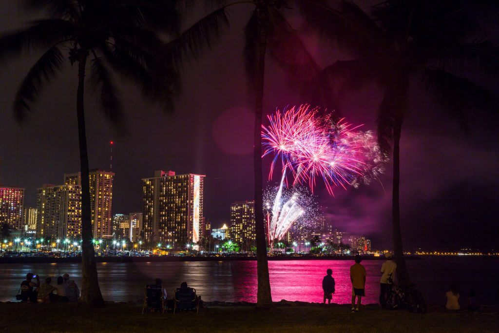 Photo of the Waikiki fireworks show by the Hilton Hawaiian Village on Oahu, which is a free event on Oahu #fireworks #waikiki #oahu #hiltonhawaiianvillage
