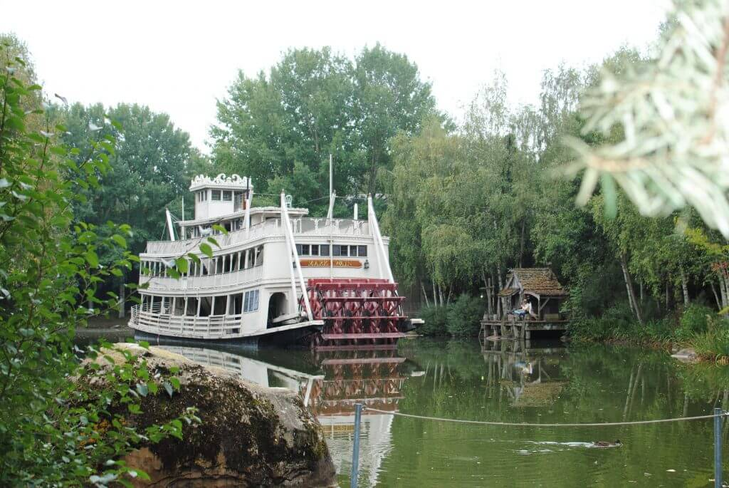 Photo of the Mark Twain boat at Disneyland Paris #disney #disneylandparis #DLP #paris