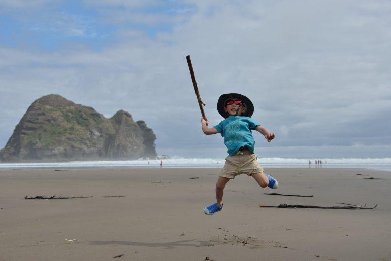 New Zealand family itinerary and tips for New Zealand with kids #nz #newzealand #familytravel