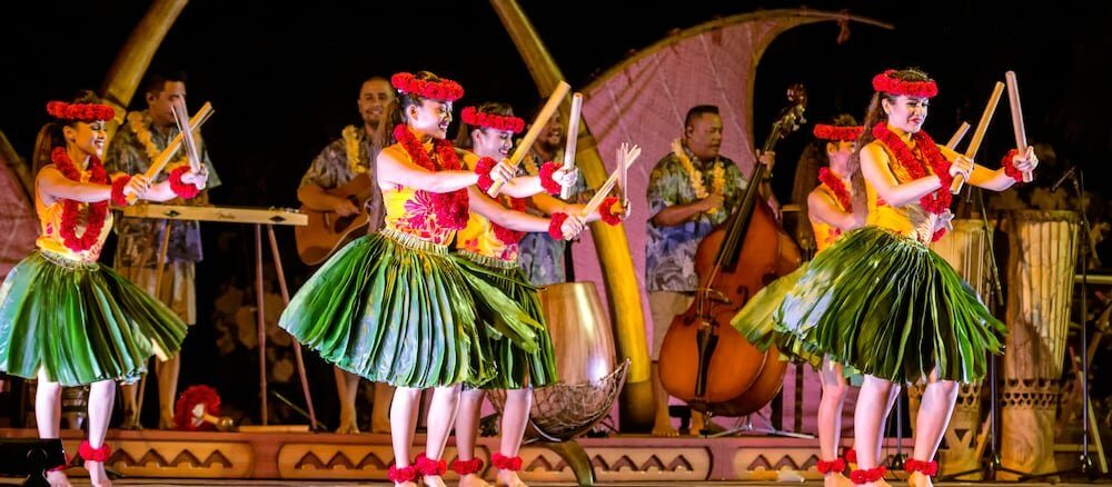 Best Oahu Luau experiences for Families featured by top Hawaii Travel blog, Hawaii Travel with Kids | Photo of the Ka Waa Aulani luau on Oahu, Hawaii, which is a Disney luau #disney #aulani #aulaniresort #disneyaulani #aulaniluau #disneyluau