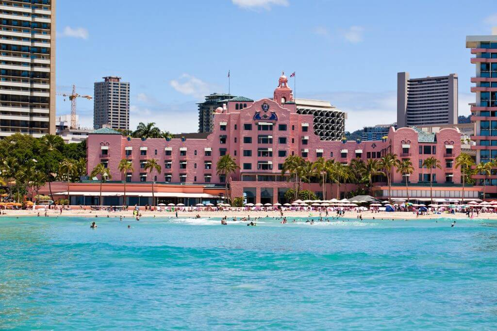 Photo of the Royal Hawaiian Hotel in Waikiki, Oahu, Hawaii, one of the best resorts in Oahu for families #oahu #waikiki #pinkpalace