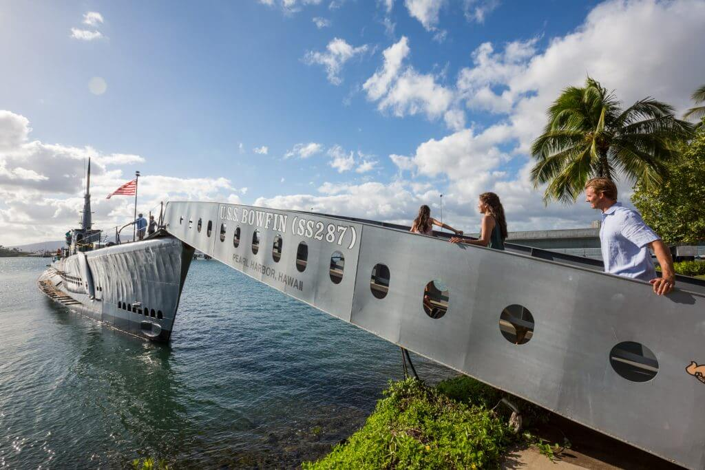 Photo of the USS Bowfin Submarine at Pearl Harbor in Honolulu, Oahu, Hawaii, which is a top attraction in Oahu. Read more in my Oahu travel guide. #pearlharbor #ussbowfin #oahu #honolulu #hawaii #familytravel #submarine