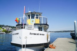 The Seattle Ice Cream Cruise runs every Sunday on Lake Union and is a fun thing to do in Seattle with kids #seattleferryservice #seattle #seattlewa #lakeunion #icecreamcruise #seattlecruise #seattleboatride #seattlewithkids #familytravel