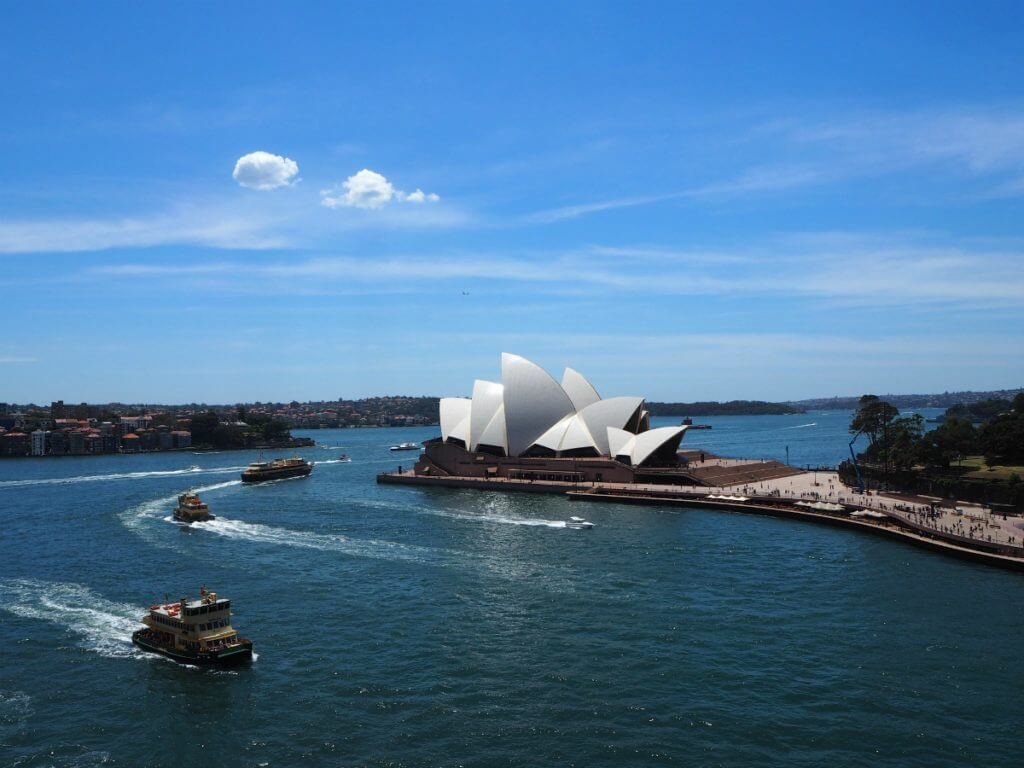 Photo of the Sydney Opera House in Sydney, Australia a top babymoon destination #babymoon #sydney #syndeyoperahouse #australia #travelwhilepregnant #maternity