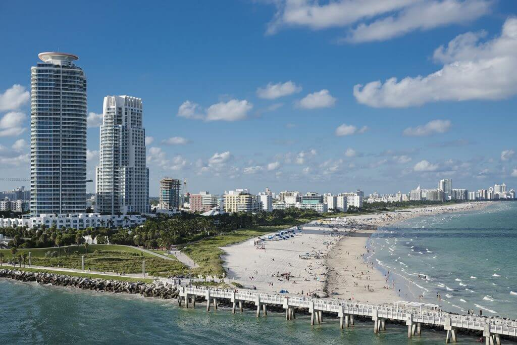 Photo of Miami, Florida, a top babymoon destination in the U.S. #babymoon #miami #florida #southbeach #travelwhilepregnant