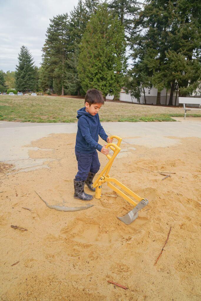 Photo of a cool playground in Kent, WA #turnkeypark #visitkentwa #pnwpark #washingtonstate