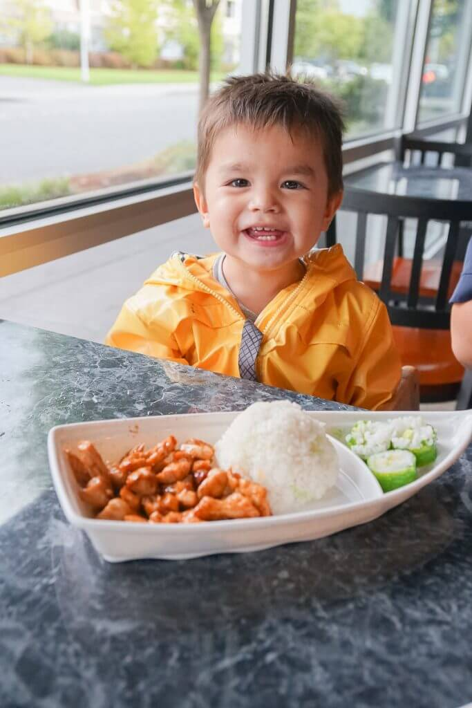 Photo of the kids meal at Trapper's Sushi at Kent Station in Kent, WA #visitkentwa #kentstation #trapperssushi #fruishi