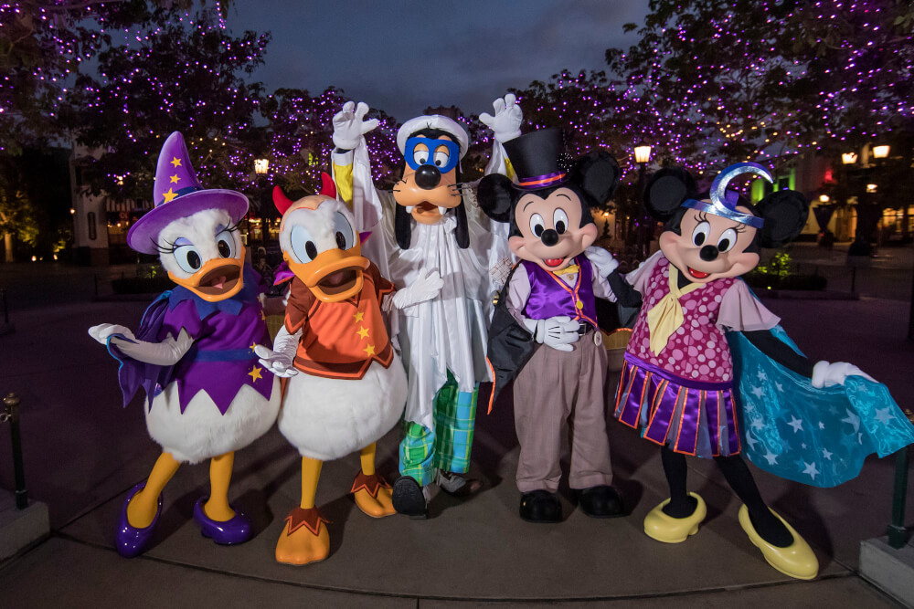 disneyland halloween food, attractions, mickey's halloween party +