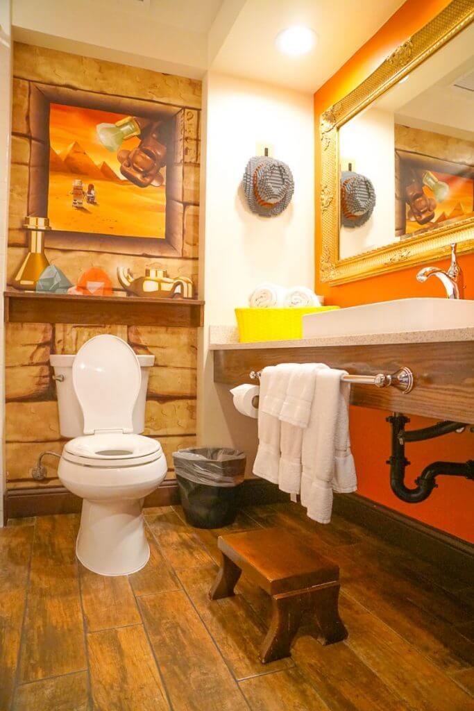 Photo of the LEGOLAND Hotel bathroom in the Adventure Theme Room #legolandhotel #adventureroom #legolandcalifornia #lego #bathroom