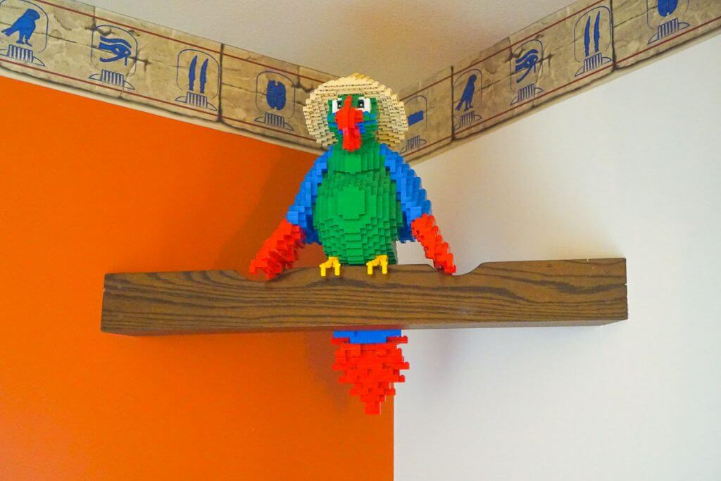 Photo of a parrot LEGO artwork found at the LEGOLAND Hotel in California #lego #legobuild