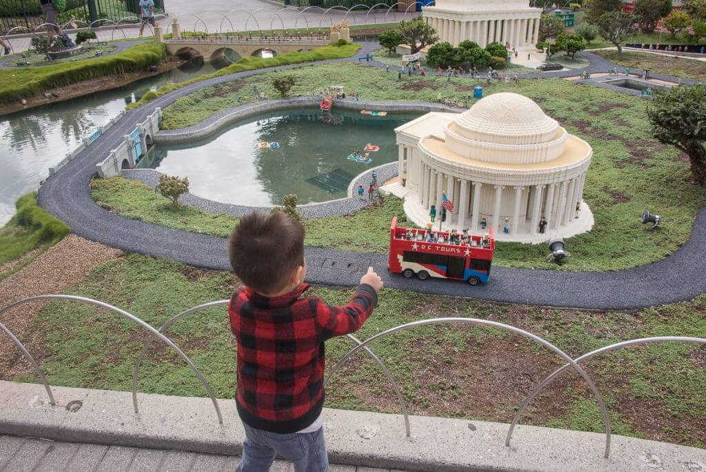 Photo of a toddler looking at MINILAND, USA at LEGOLAND California #LEGOLANDCA #Miniland #LEGO