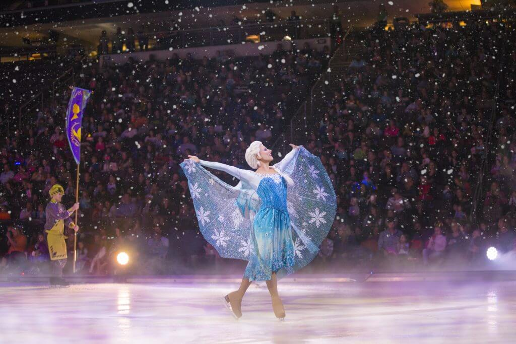 Photo of Elsa skating in Disney on Ice: Dare to Dream #DisneyOnIce #DareToDream