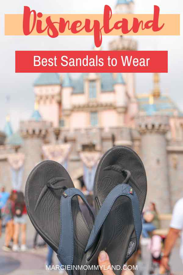 Looking for the best shoes for Disneyland? Find out where to find custom sandals and insoles to keep your feet happy all day long to maximize your Disneyland vacation! Click to read more or pin to save for later. www.marcieinmommyland.com #disneyland #disneysmmc #DisneyMoms | Wiivv Custom Sandals: the Best Shoes for Walking Around Disneyland featured by top Disney blogger, Marcie in Mommyland