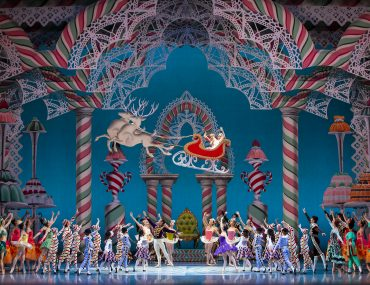 Pacific Northwest Ballet presents The Nutcracker. Photo credit Angela Sterling. | Kid-Friendly Guide to The Nutcracker in Seattle featured by top Seattle family blogger, Marcie in Mommyland