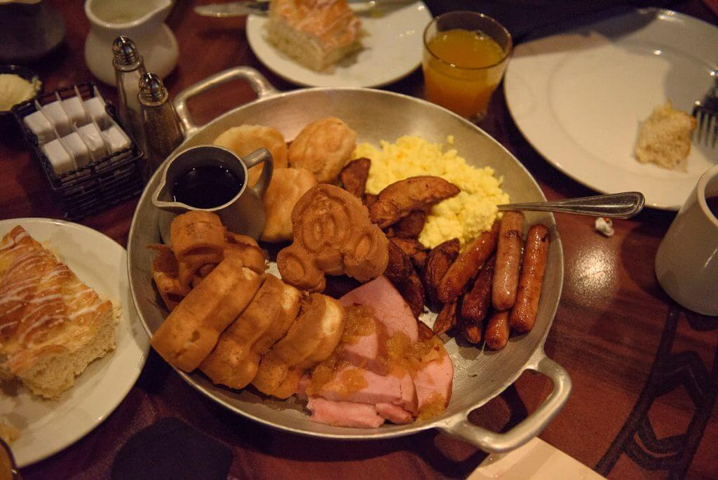 Photo of the breakfast platter at the Ohana character breakfast at Disney's Polynesian Village Resort at Walt Disney World #ohana #polynesianvillage #disney #disneyworld #waltdisneyworld