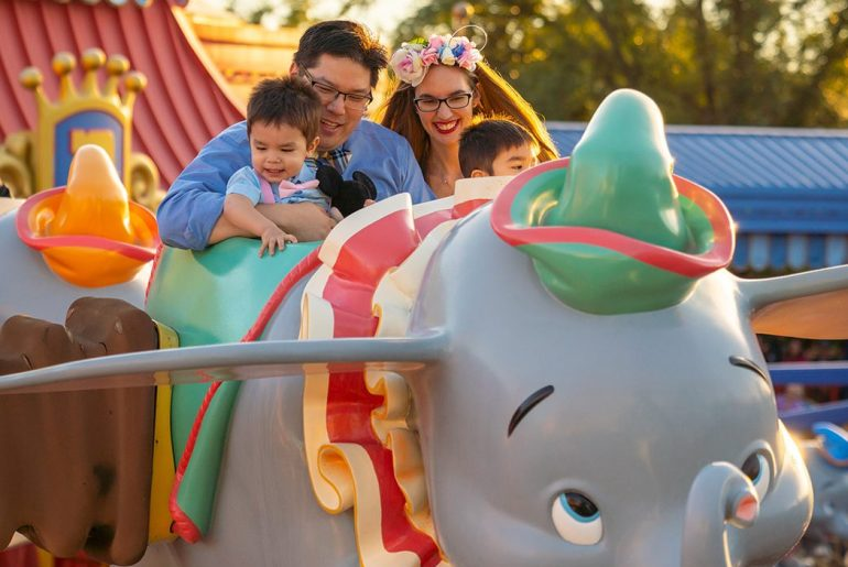Family photo shoot in Dumbo, the flying elephant at Magic Kingdom Park at Walt Disney World
