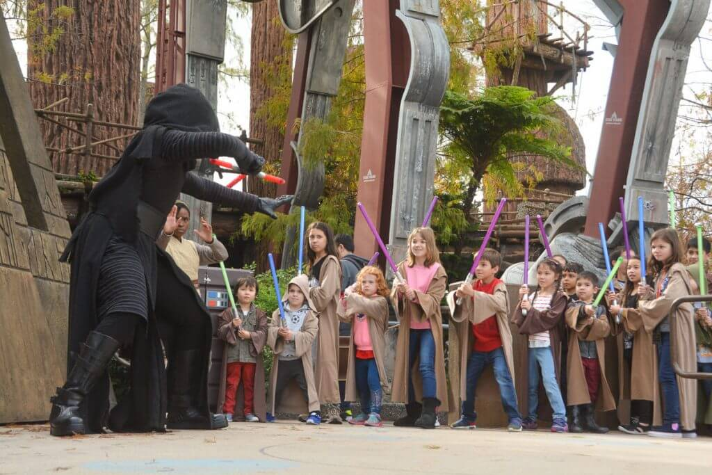 Kylo Ren battles a group of kids at the Walt Disney World Jedi Training Academy at Disney's Hollywood Studios. #kyloren #starwars #jeditraining #wdw #disneyworld