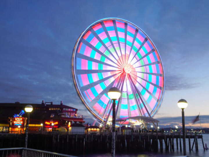 Romantic Date Night in Seattle suggestions featured by top Seattle blogger, Marcie in Mommyland: Seattle Waterfront